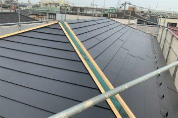 ガルバリウムの平葺屋根